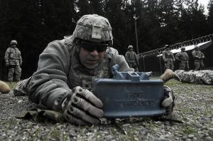 setting-up-a-claymore-mine